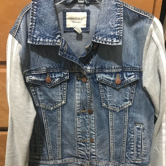 Forever 21 Jackets & Blazers - Forever 21 Cropped Jean Jacket